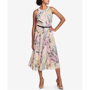🎉Host Pick🎉 Tommy Hilfiger Floral Print Dress